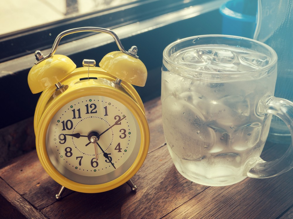 Dry Mouth in the Morning? Causes & Home Remedies